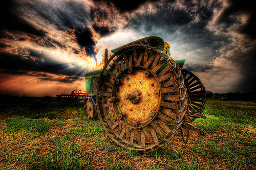 Outstanding HDR photos of machines - 07