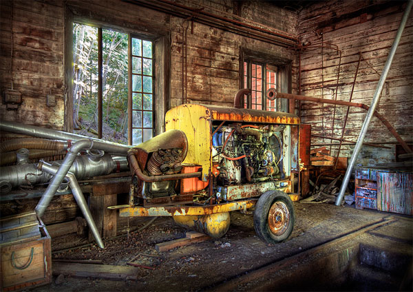 Outstanding HDR photos of machines - 08