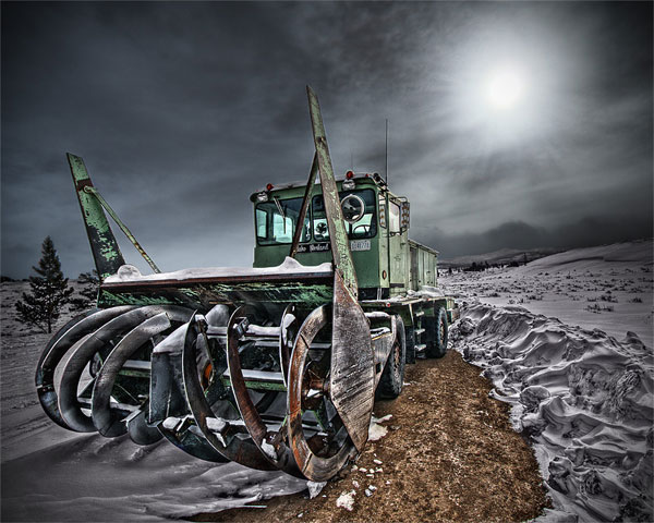 Outstanding HDR photos of machines - 09